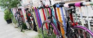 carousel-yarnbomb